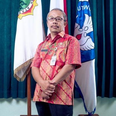 Adang Komarudin, S. Pd