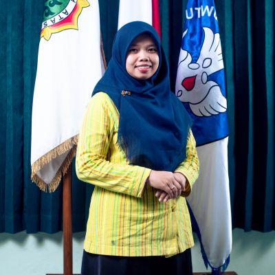 Dewi Yuliana, S. Pd